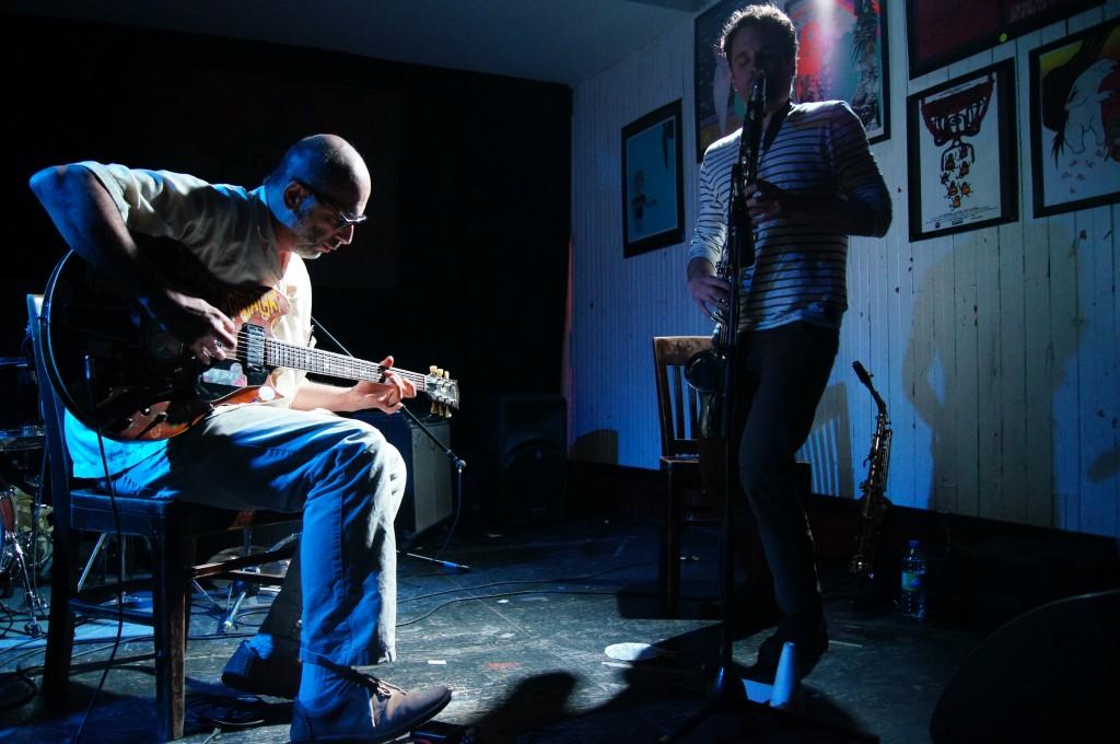 Losing Control Live at Casa Del Popolo